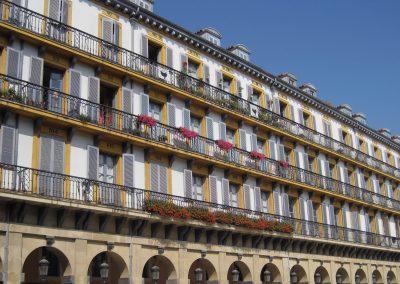 Plaza_de_la_Constitución-Konstituzio_Plaza._San_Sebastian-Donostia,_Guipuzcoa-Gipuzkoa.