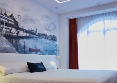 Detalle ventanal Boulevart room